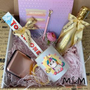 """Подаръчна кутия """"Pink Unicorn"""""""